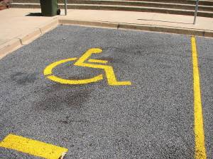 800px-Disabled_parking_place